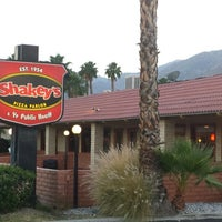Photo taken at Shakey's Pizza Parlor by Bob E. on 4/28/2014