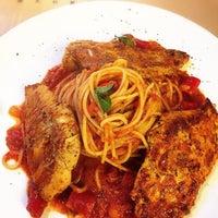 Photo taken at Toscanini Italian Restaurant 托斯卡尼尼 by Vans © on 6/29/2015