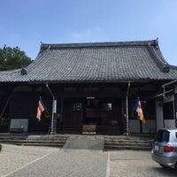 Photo taken at 無量寿寺 by Jagar M. on 8/9/2015