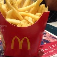 Photo taken at McDonald's by Vivi D. on 5/6/2015