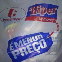 Photo taken at Bompreço by Ernani F. on 10/15/2012