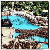 Снимок сделан в Crystal Paraiso Verde Resort & Spa пользователем Tolga 6/15/2013