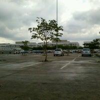 Photo taken at Detran by Nathalia G. on 3/23/2013