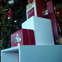 Photo taken at Starbucks by Duffee M. on 12/12/2012