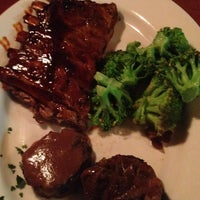 Photo taken at Tony Roma's Ribs, Seafood, & Steaks by Cripso P. on 9/12/2013