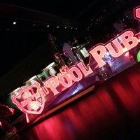10/25/2013 tarihinde Ekrem E.ziyaretçi tarafından Pool Pub'de çekilen fotoğraf