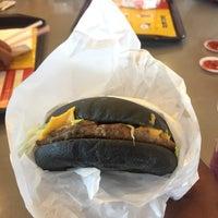 Photo taken at McDonald's / McCafé by ALÏ on 8/3/2017