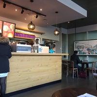 Photo taken at Starbucks by 🐻❤️😍 on 11/12/2016