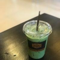 Photo prise au Pakwhan Coffee par Glouykai T. le4/19/2018
