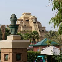 Photo taken at Aquaventure Waterpark by Sándor V. on 4/22/2013