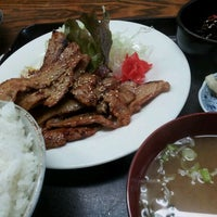 Photo taken at 和定食屋 にじいろ食堂 by Akitaro S. on 6/13/2013