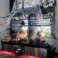 Photo taken at M Street Bar & Grill by Gerardo M. on 10/31/2012