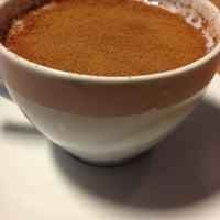 รูปภาพถ่ายที่ W Cafe Brasserie โดย SEHER เมื่อ 12/20/2012
