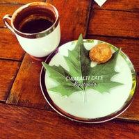6/27/2013 tarihinde Ömer A.ziyaretçi tarafından Çınaraltı Cafe'de çekilen fotoğraf