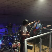 Photo taken at Algo Bowl by Marisol G. on 5/30/2015