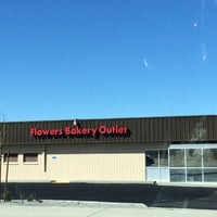Photo Taken At Flowers Bakery Outlet Hostess By Twiggiewoodhd D On 1 23