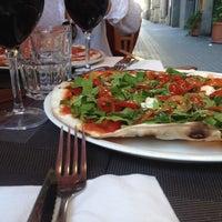Foto tomada en Solo Pizza por Cesar R. el 9/29/2013