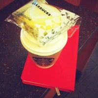 Photo taken at Starbucks by Rin C. on 3/18/2013