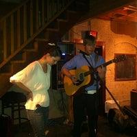 1/6/2013にLuis M.がRocky's Bar & Grillで撮った写真