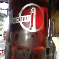Photo taken at Alcatraz  Rest Bar - Alitas y Cerveza by Eduardo G. on 12/1/2013