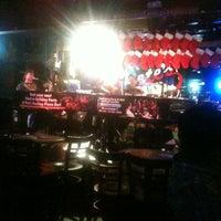 Photo prise au Pete's Dueling Piano Bar par Houston S. le12/21/2012