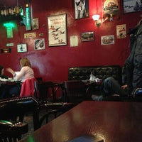 Photo taken at Harat's Pub by Shhhhhhhhha on 5/22/2013