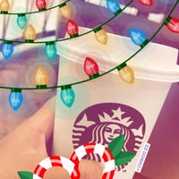 Photo taken at Starbucks by 🎀NurGül on 12/15/2017