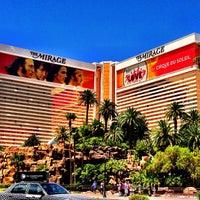 Foto tomada en The Mirage Hotel & Casino por Kipton C. el 6/21/2013
