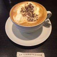 Das Foto wurde bei La Torrefazione von Javi am 4/15/2014 aufgenommen