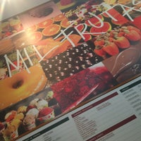 Photo taken at Mil Frutas by Theo S. on 12/28/2012