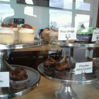 Photo taken at The Sweet Tooth - Cupcakery and Dessert Shop by Brenda G. on 11/18/2012