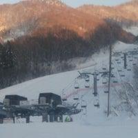 Photo taken at 米沢スキー場 by シュラ on 12/28/2014