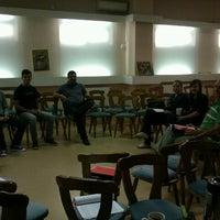 Das Foto wurde bei Centrul Crestin Betania von Crina C. am 9/22/2012 aufgenommen