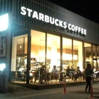 Photo taken at Starbucks by かわたく on 9/6/2013