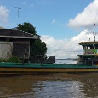 Photo taken at Fery Penyeberangan Mitra Kukar by Ronny I. on 6/4/2014