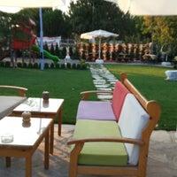7/26/2013 tarihinde Furkan C.ziyaretçi tarafından Otağtepe Cafe & Restaurant'de çekilen fotoğraf