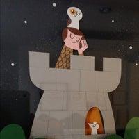 Das Foto wurde bei Soma Gallery von Fiona H. am 12/9/2012 aufgenommen