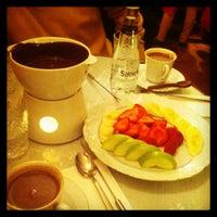 2/13/2013 tarihinde Esra A.ziyaretçi tarafından J'adore Chocolatier'de çekilen fotoğraf
