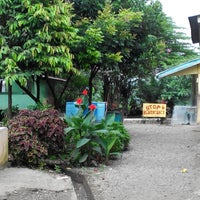 Photo taken at Rumah Makan Gajah Indah by Aulia A. on 1/25/2014