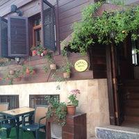 5/15/2013 tarihinde 💋Алена Н.ziyaretçi tarafından Asmali Hotel Istanbul - Oldcity Sultanahmet'de çekilen fotoğraf