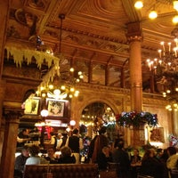 Photo taken at Café Métropole by 💋Алена Н. on 12/31/2012