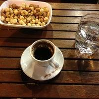 Foto scattata a Cafe'de Keyff da Poyraz O. il 6/14/2013