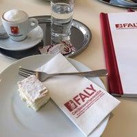 Das Foto wurde bei FALY Café Bäckerei Spezerei von Susanna A. am 2/15/2014 aufgenommen