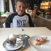Das Foto wurde bei FALY Café Bäckerei Spezerei von Susanna A. am 9/6/2015 aufgenommen