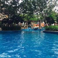 Photo taken at Pool · The Westin Kuala Lumpur 吉隆坡威斯汀酒店 by Kane S. on 6/4/2016