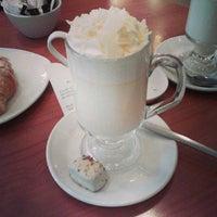 Снимок сделан в Butlers Chocolate Café пользователем Lívia Chaves G. 8/19/2013