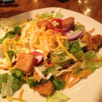 Photo taken at Outback Steakhouse by Rudy F. on 10/7/2012