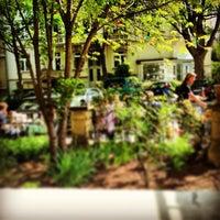 รูปภาพถ่ายที่ Café Klatsch โดย Patrick T. เมื่อ 5/5/2013