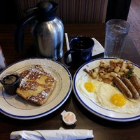 Photo taken at Bob Evans Restaurant by Nishiki H. on 8/10/2013