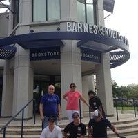 Photo taken at Florida International University by Fikri Y. on 6/1/2013